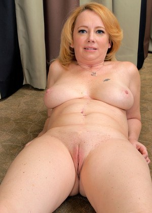 Shaved Granny At Granny Pussy Porn